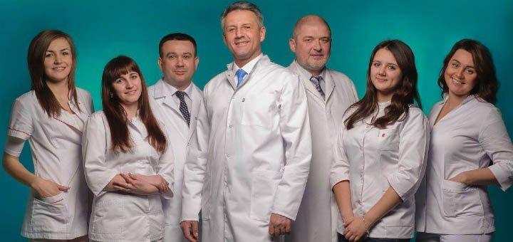Встановлення фотополімерних пломб та лікування глибокого карієсу в медичному центрі «Денто Рус»
