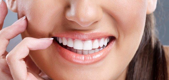 Ультразвуковая и Air-Flow чистка зубов с глубоким фторированием в стоматологической клинике «Мастерская улыбок»