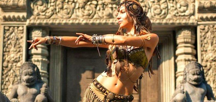 Скидка до 50% на месячный абонемент для занятий йогой или танцами в студии «Хабиби Лал»