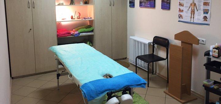 До 7 сеансов массажа спины, шейно-воротниковой зоны, ног на выбор в студии красоты «Империя эгоисток»