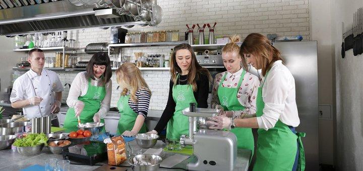 Мастер-класс по изготовлению бургеров в школе «Кулинарная мастерская»
