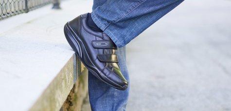 Wm_pure_style_shoes_men-black_04