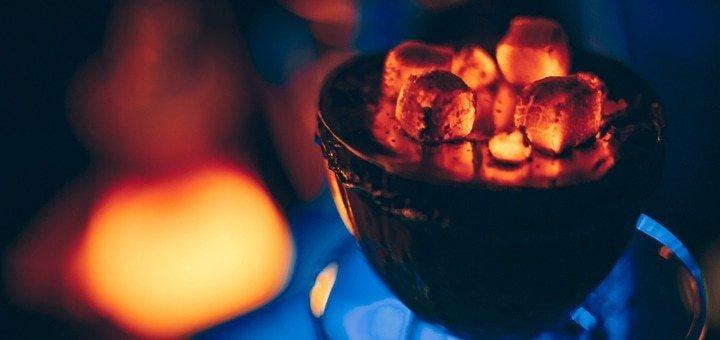 Фирменный кальян, чай и коктейли в лаунж-баре «Oblaka»