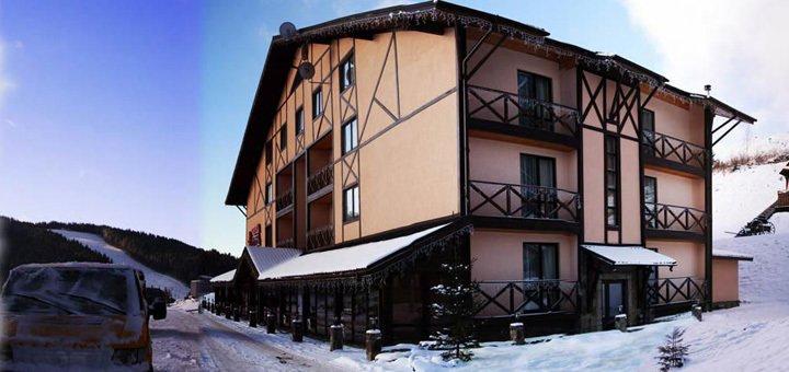 От 3 дней с полным пансионом в отельном комплексе «Червона Рута» в Буковеле