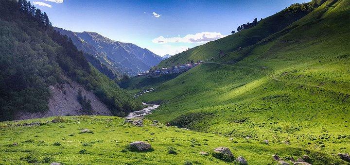 Скидка 30% на поход или трекинг по Грузии от «LuckyFox Travel»