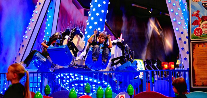 Посещение самого большого детского парка развлечений «Happylon» в Ocean Plaza в будние дни