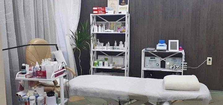 Чистка кожи лица на выбор в косметологическом кабинете «Красотка»