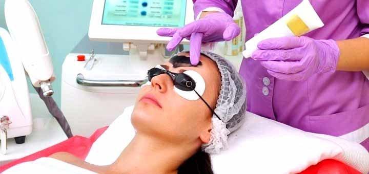 До 3 сеансов карбонового пилинга лица, шеи и декольте в клиника косметологии «BeautyMed»