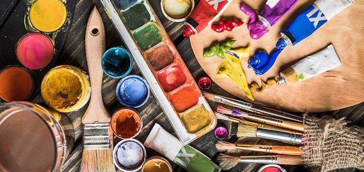 Арт-терапия на занятии интуитивным рисованием в студии «Artali Prostir»