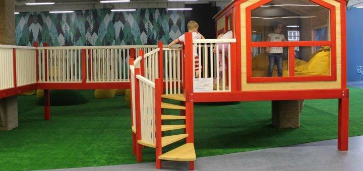 Абонемент в спортивно-развивающий клуб в развлекательном парке «Dream Land» в Dream Town 2