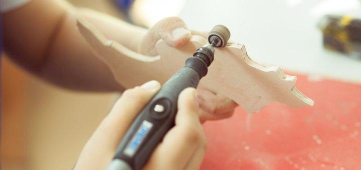 Мастер-класс по работе с деревом и стеклом в творческой мастерской «Сверлик»