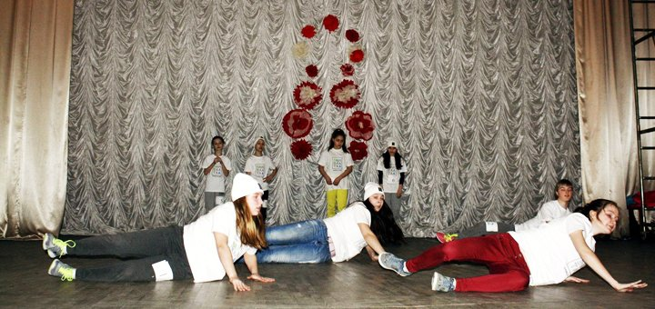 До 3 месяцев занятий танцами в танцевальном клубе «Bambaataa»