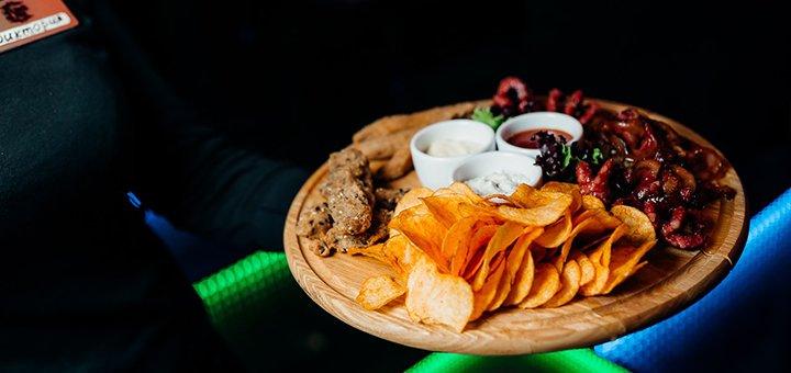 Скидка 50% на всё меню кухни и коктейли в караоке-баре «Black Bar»