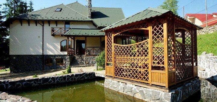 От 3 дней отдыха для двоих с двухразовым питанием в отеле «Зербань» в Славском