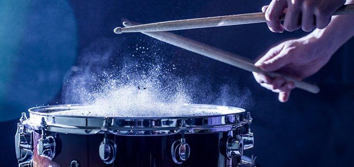 До 24 занятий по игре на ударных в студии музыкального искусства «Engamusic»