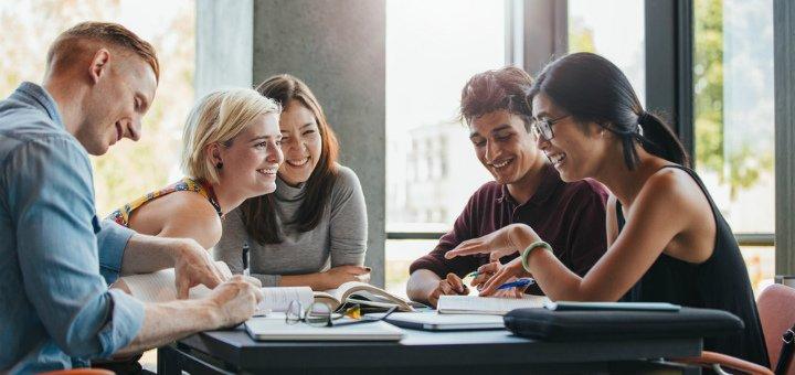До 14 занятий по подготовке к ВНО по английскому от школы английского языка «Kiwi English»