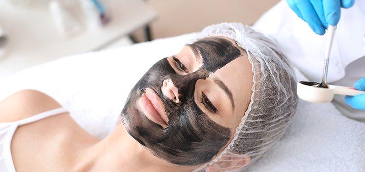До 3 сеансов лазерного карбонового пилинга для лица, шеи и декольте в салоне «Sun shine»