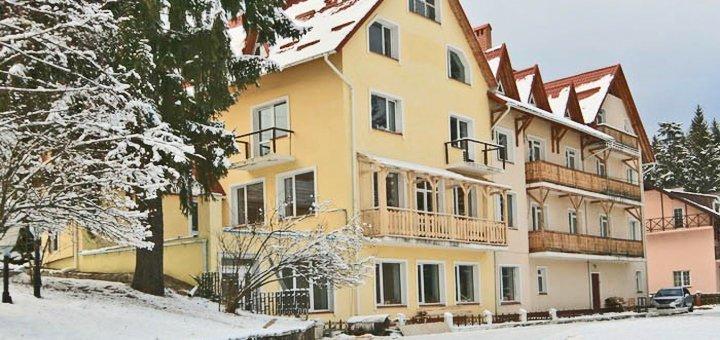 От 3 дней горнолыжного отдыха в отеле «Калина» в Славском