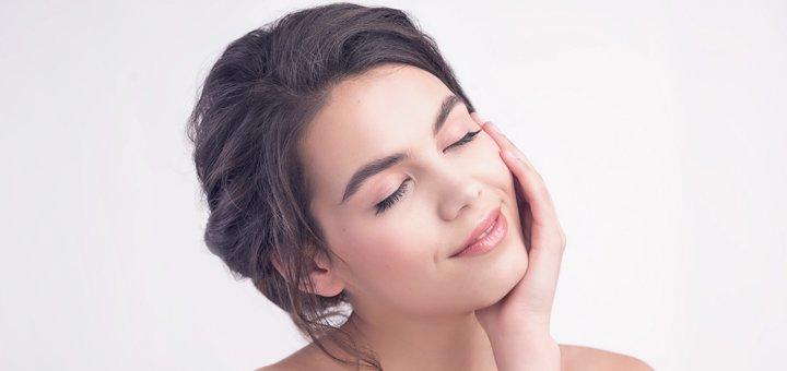 Процедура блокирования морщин в косметологическом кабинете Виктории Панченко