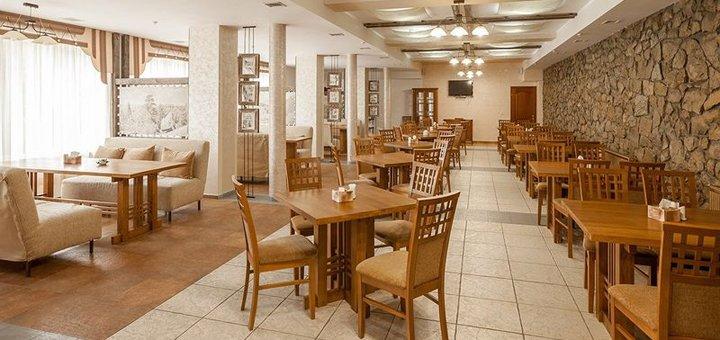 От 3 дней отдыха зимой с завтраками в отельном комплексе «Межгорье» в Яремче
