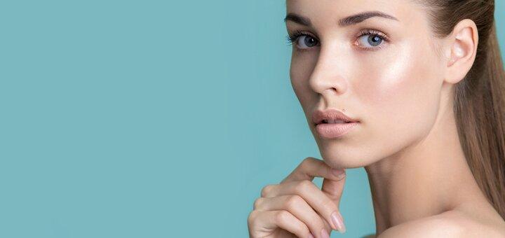 До 3 сеансов пилинга лица, шеи или декольте в салоне красоты «GEE»
