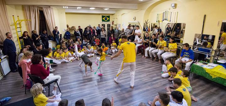 До 6 месяцев занятий капоэйрой в украинском центре капоэйры «Cordao de Ouro»