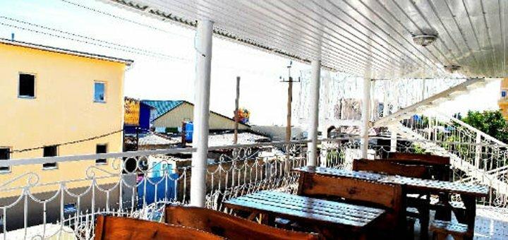 От 3 дней отдыха в июне в отеле «Айсберг» в Железном Порту на первой линии от моря