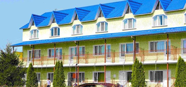 От 3 дней отдыха в отеле «Ирина» в Грибовке на Черном море