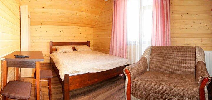 От 3 дней отдыха для компании с трехразовым питанием в отеле «Гірська Смерічка» в Полянице