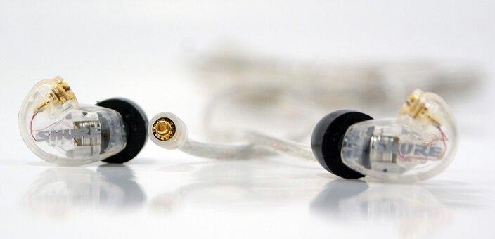 Скидка 7% на звукоизолирующие мини наушники Shure SE215-CL