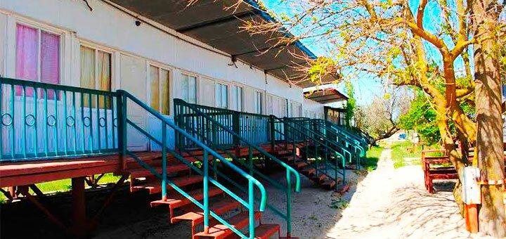 От 3 дней отдыха летом в пансионате с собственным пляжем «Жемчужина моря» в Кирилловке
