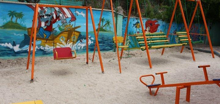 От 3 дней отдыха в сентябре на базе отдыха с бассейном «Коралловый остров» в Кирилловке