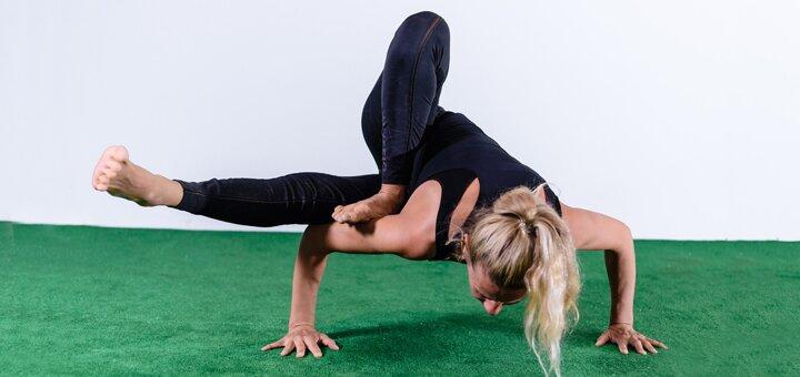 До 8 занятий групповых занятий yoga, stretching & flexibility в студии фитнеса «TERRITORIA»