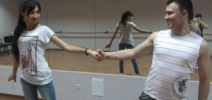 До 24 занятий латинским танцем в группах для девушек в «Luz de Luna» c Илоной Клешниной