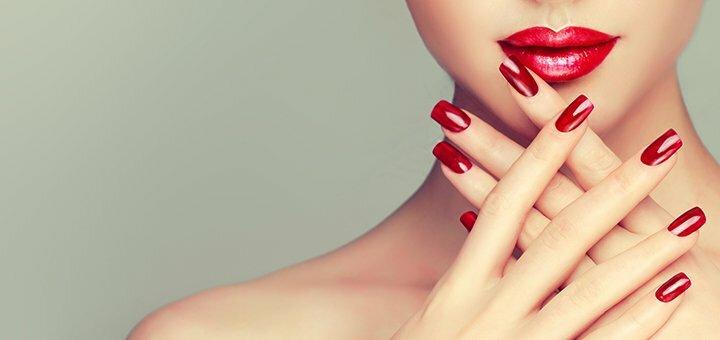 Маникюр и покрытие гель-лаком в студии красоты «Laresh»