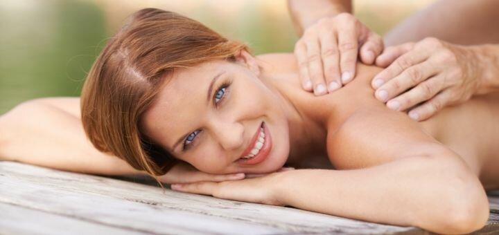 До 8 сеансов массажа спины и шеи или лимфодренажного массажа в массажном кабинете «7я»