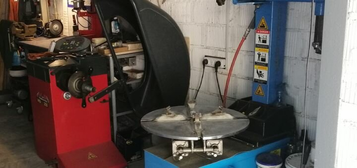 Шиномонтаж 4 колес разного радиуса для легкового авто или внедорожника на СТО «Pro100Tire»