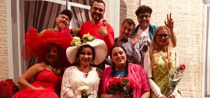 Скидка 50% на билет на спектакль «Налево от разлуки, на север от тебя» в Украинском театре