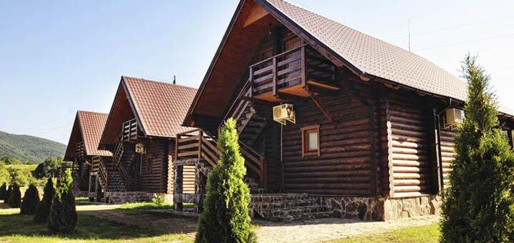 От 3 дней отдыха на Новый год в отеле «Срібний Водограй» в Поляне