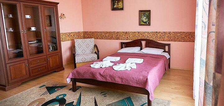 От 3 дней с трехразовым питанием в лечебно-оздоровительном комплексе «Богема» в Трускавце