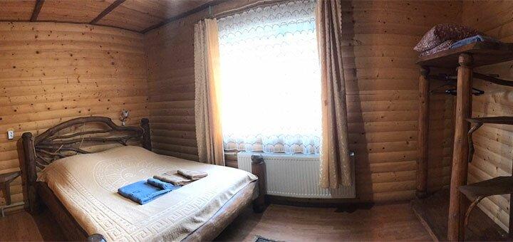 От 2 дней отдыха в ноябре в отеле «Cottage Zhelikhovskykh» в Татарове