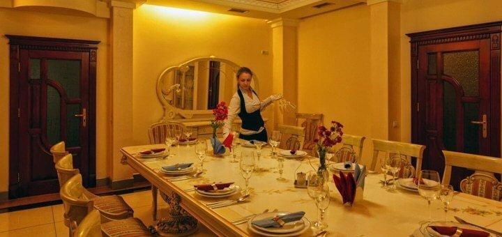 От 3 дней отдыха с празднованием Нового года в комплексе «Карпаты» в Яремче