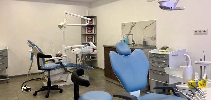 УЗ чистка зубов, Air-Flow и полировка в стоматологической клинике «Diva Dent»