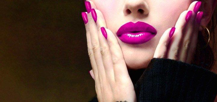 """Готовься к комплиментам! Классический маникюр и педикюр с покрытием гель-лаком в салоне """"Монарх Beauty School""""!"""